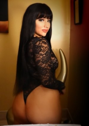 Isla incall escort in Potomac