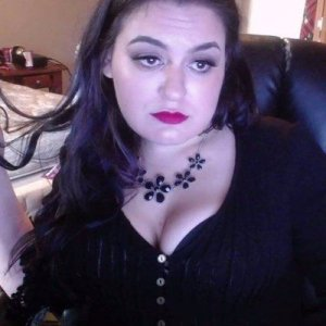 Modestie independent escort