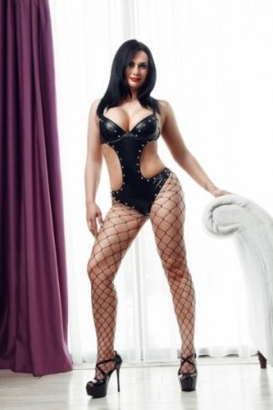 Nabia sex club in Beacon & outcall escort